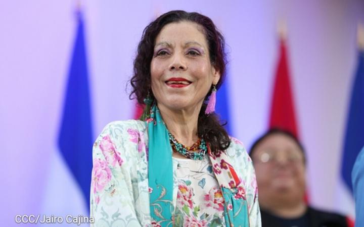 Compañera Rosario Murillo: Vamos adelante con paz y cariño; #AmoryPazNicaragua #Nicaragua40Revolucion #ElTayacanVencedor #NiUnPasoAtras #NicaraguaLinda #NicaraguaTrabajoyPaz #NicaraguaQuierePaz #NicaraguaSandinoSiempre #FeFamiliayComunidad