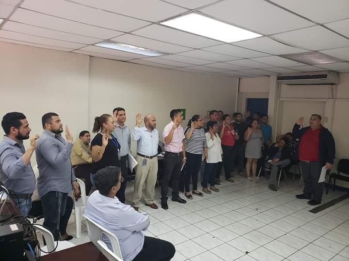 """Eleccion de Nueva Junta Directiva en el Complejo Judicial Laboral Nejapa """"Sindicato de Trabajadores Judiciales de Nejapa (SITRAJUNE)"""" #FNTNNiUnPasoAtras #PatriaParaTodos #TeAmoNicaragua #AmoryPazNicaragua #Nicaragua40Revolucion #ElTayacanVencedor #NiUnPasoAtras #NicaraguaLinda #NicaraguaTrabajoyPaz #NicaraguaQuierePaz #NicaraguaSandinoSiempre #FeFamiliayComunidad"""
